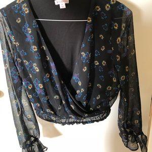 Target crop top. Floral print. V neckline.